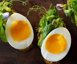 150401_avocado-toast-soft-boiled-egg-recipe_h_large-600x600