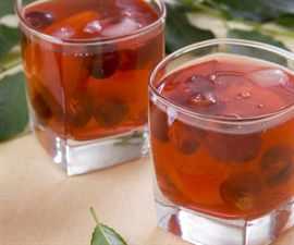 kompoty-iz-suxofruktov-poleznye-recepty-dlya-vzroslyx-i-detej-3-600x600