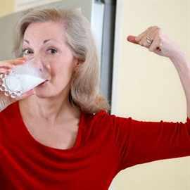 Strengthening-bones-calcium-vitamin-D-contributes